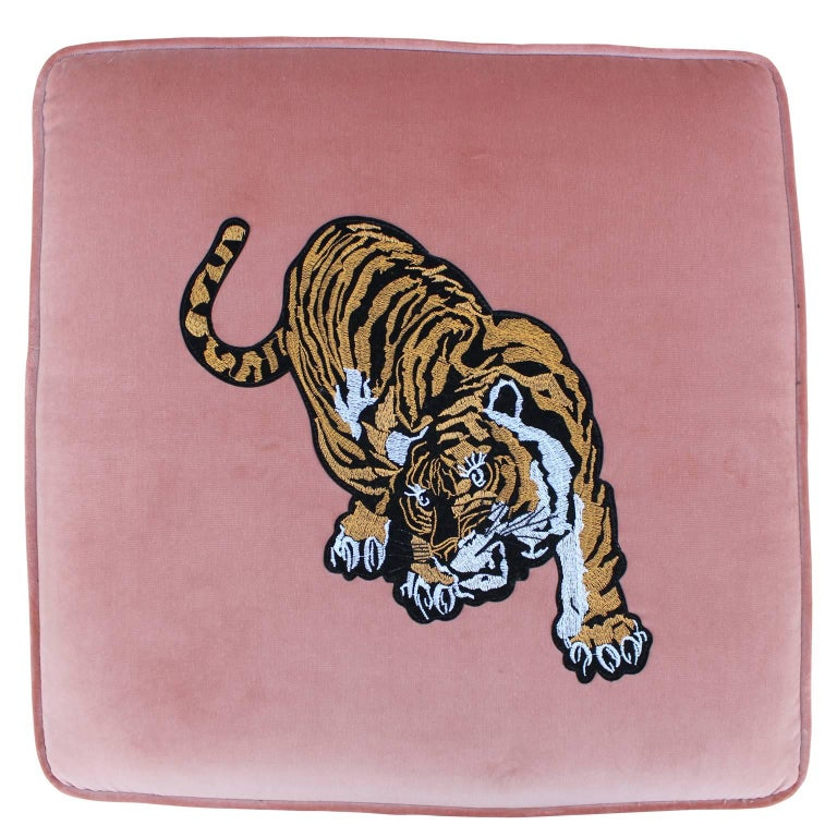 Luxe Modern Light Pink Velvet Pair of Stools or Ottomans with Embroidered Tigers In Excellent Condition For Sale In Houston, TX