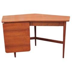 Modern Bertha Schaefer & Gio Ponti for Singer & Sons Italian Walnut Desk