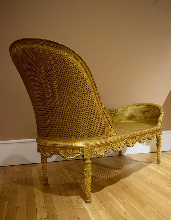 Belle Epoque Giltwood Chaise Longue Circa 1900 In Good Condition For Sale In New York, NY