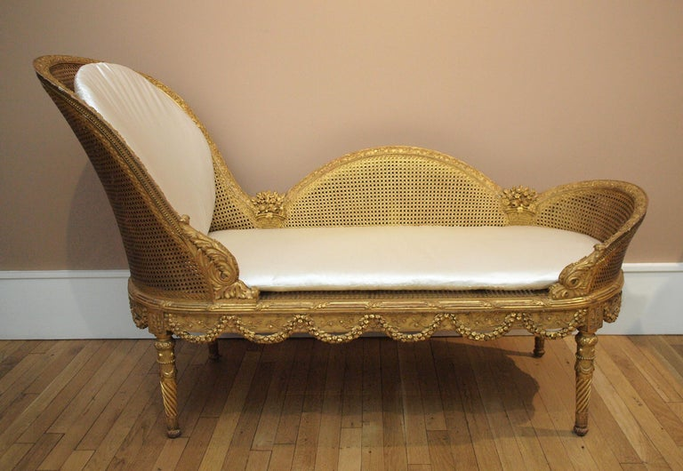 Belle Epoque Giltwood Chaise Longue Circa 1900 For Sale 4