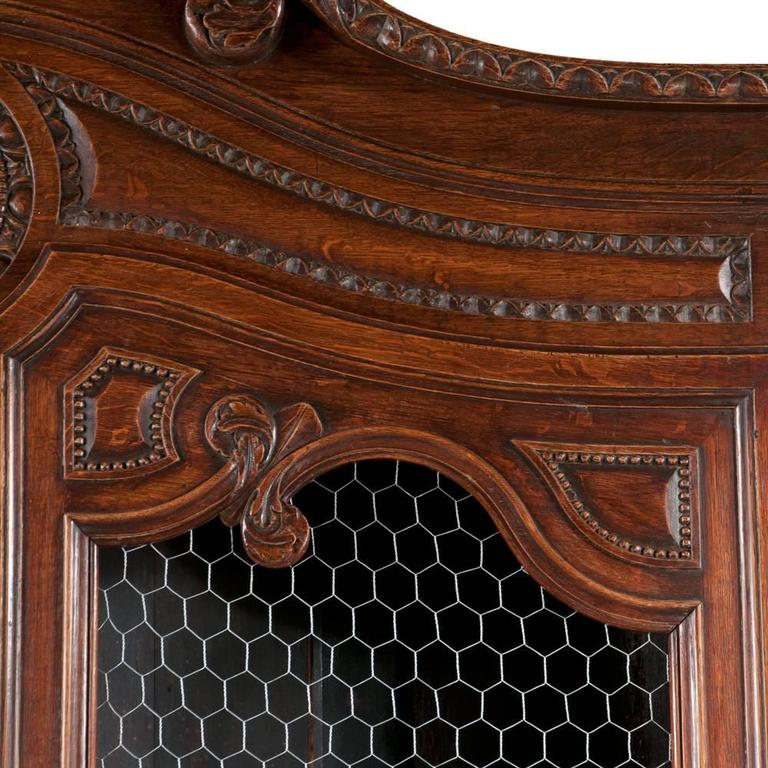 Mid-19th Century Country French Two-Part Buffet De Corps For Sale