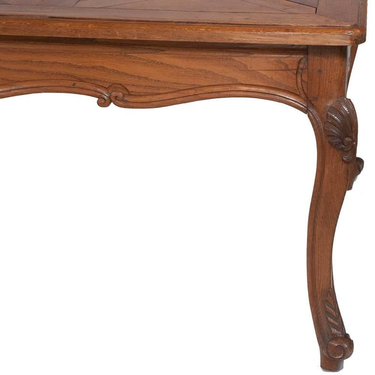 Country French Dining Table In Good Condition For Sale In Lawrenceburg, TN