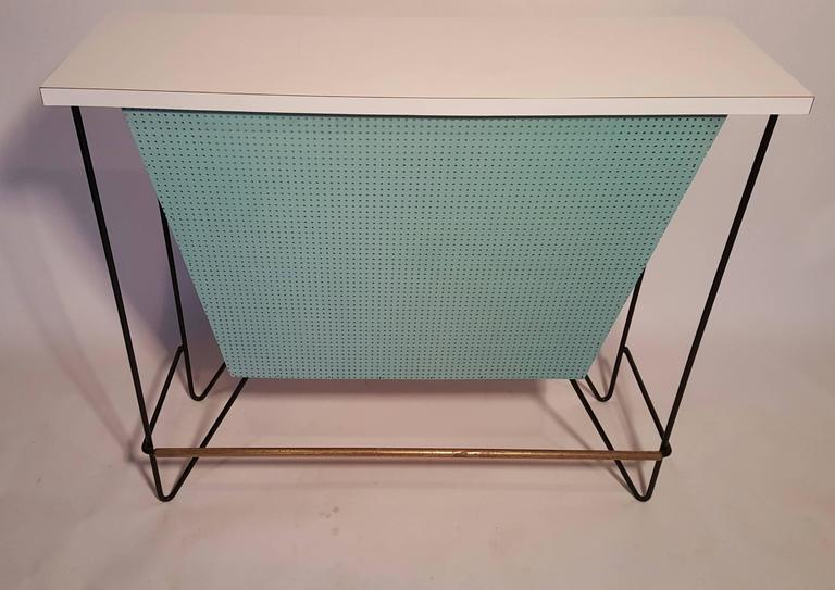 Iron Mid-Century Modern Free-Standing Bar and Stools by Frederick Weinberg For Sale