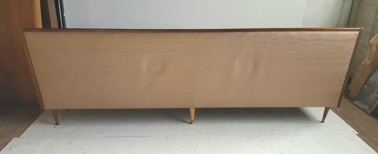 Saint Pierre and Miquelon Classic Mid-Century Modern Sofa After Paul McCobb For Sale