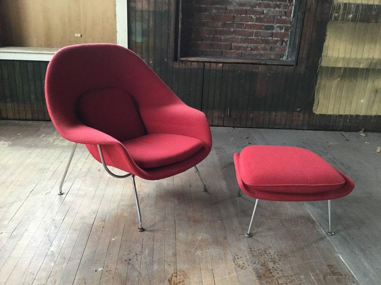 Classic Modernist Womb Chair And Ottoman Designed By Eero Saarinen  Manufactured By Knoll, Original Red
