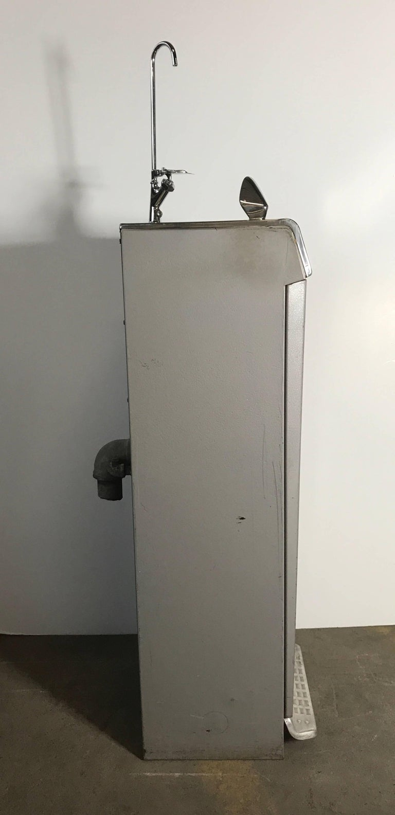 Mid-Century Modernist General Electric Drinking Fountain ...