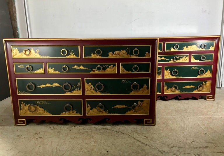 Hollywood Regency Stunning Pair of 1940s Nine-Drawer Lacquered Chests, Japanese Motif, Widdicomb For Sale
