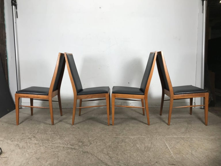 Set of Four Modernist Walnut Dining Chairs by Lane In Good Condition For Sale In Buffalo, NY