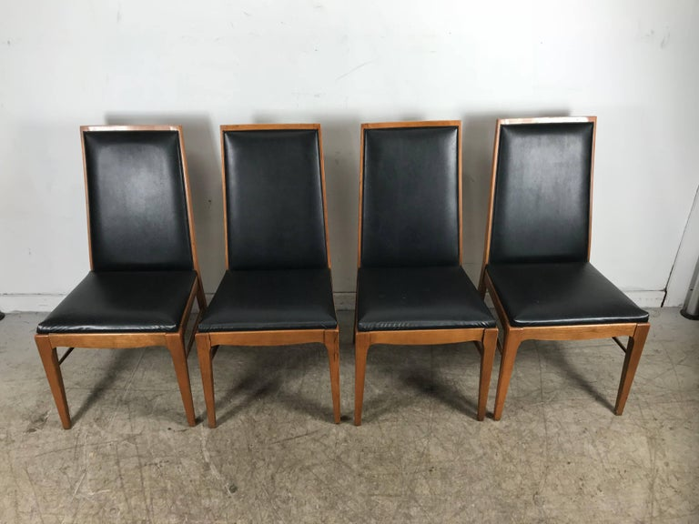 Mid-Century Modern Set of Four Modernist Walnut Dining Chairs by Lane For Sale