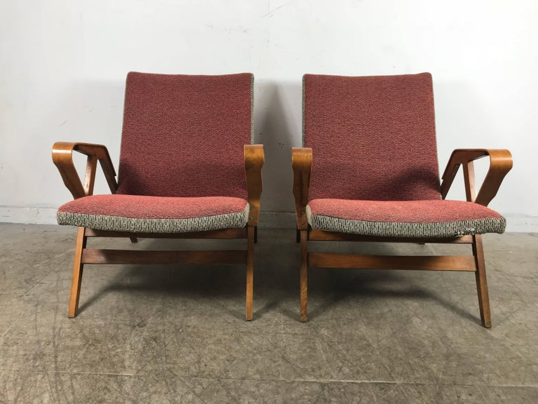 Fabric Classic Pair of Mid-Century Modern Bentwood Lounge Chairs after Carlo Mollino For Sale