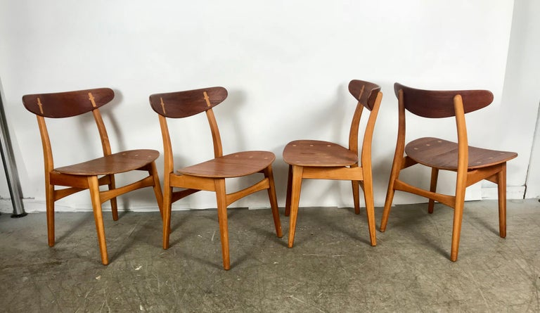 20th Century Set 4 Dining Chairs CH-30 Designed by Hans Wegner for Carl Hansen & Sons For Sale