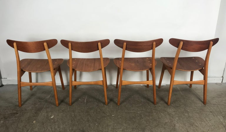 Scandinavian Modern Set 4 Dining Chairs CH-30 Designed by Hans Wegner for Carl Hansen & Sons For Sale