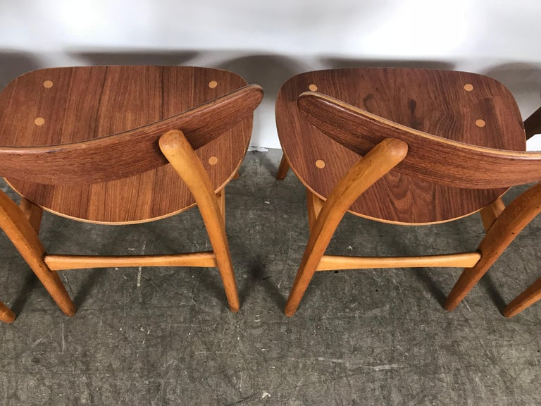 Oak Set 4 Dining Chairs CH-30 Designed by Hans Wegner for Carl Hansen & Sons For Sale