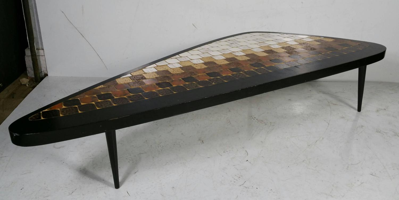 rare asymmetric 39 guitar pick 39 tile top coffee table hohenberg original for sale at 1stdibs. Black Bedroom Furniture Sets. Home Design Ideas
