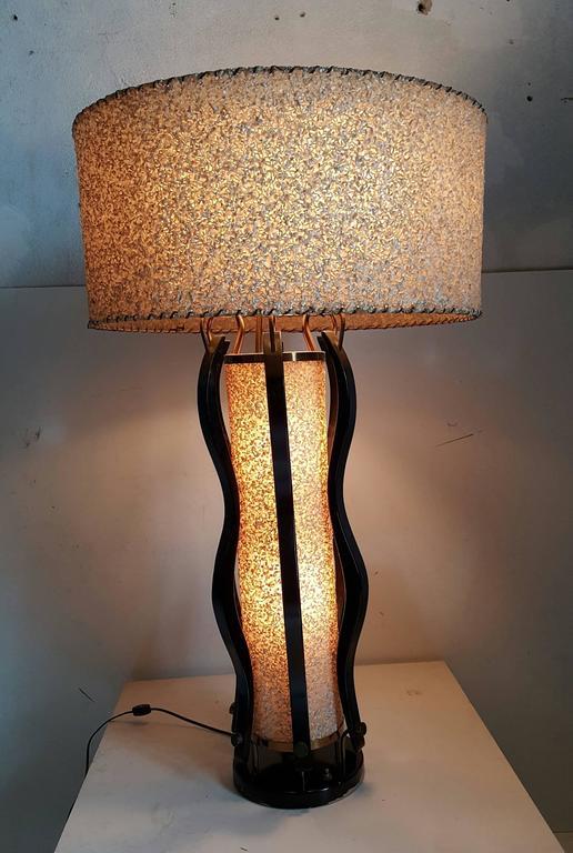 20th Century Large Mid-Century Modern Majestic Table Lamp