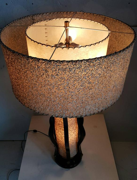 Lacquered Large Mid-Century Modern Majestic Table Lamp