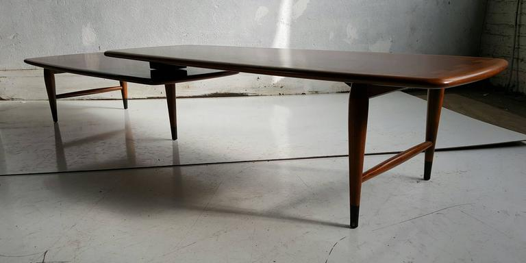 Classic Modernist Lane 'Acclaim' Switchblade Cocktail Table