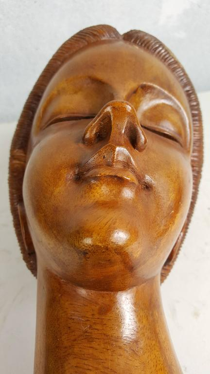 20th Century Beautifully Carved Detailed Balinese Bust of Stylized Woman For Sale