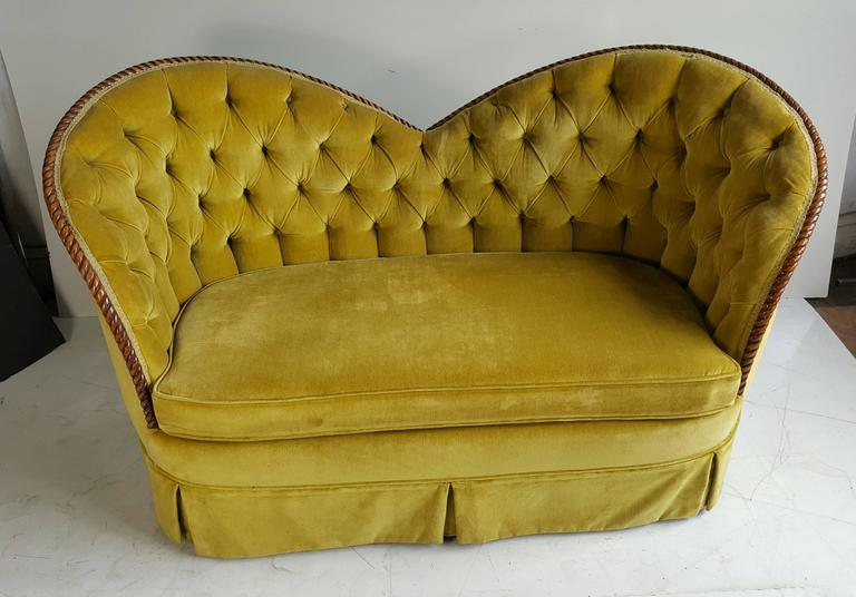Stunning Regency Heart Shape Settee Sofa Or Loveseat Original Velvet In Good Condition For