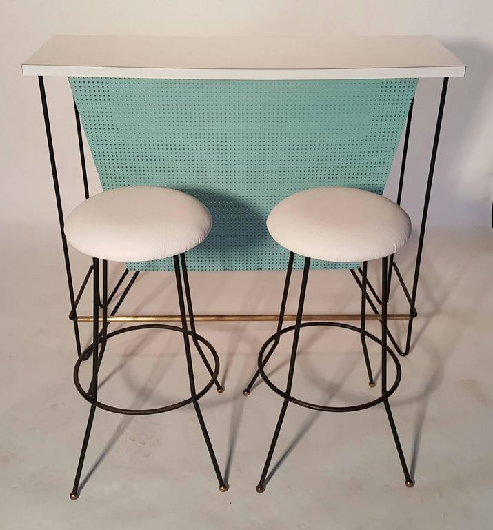 Mid-Century Modern Free-Standing Bar and Stools by Frederick Weinberg For Sale 2