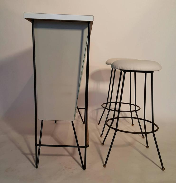 Mid-Century Modern Free-Standing Bar and Stools by Frederick Weinberg In Excellent Condition For Sale In Buffalo, NY