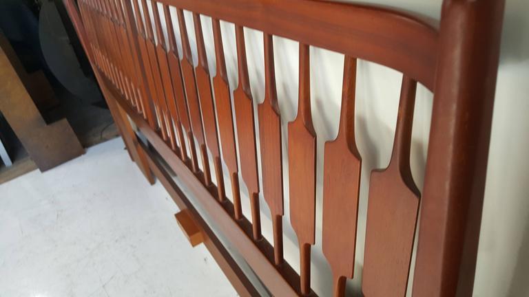 Mid-Century Modern King Bed and Headboard, Kipp Stewart, Drexel Declaration For Sale 3