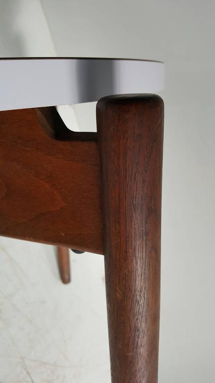 Modernist Side Table, Walnut and Laminate, Designed by Jens Risom 2