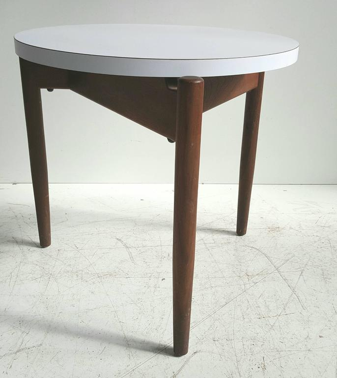 Modernist Side Table, Walnut and Laminate, Designed by Jens Risom 6