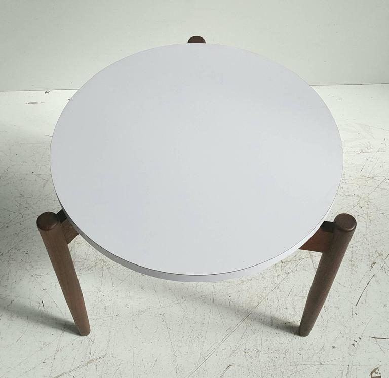 Modernist Side Table, Walnut and Laminate, Designed by Jens Risom 3