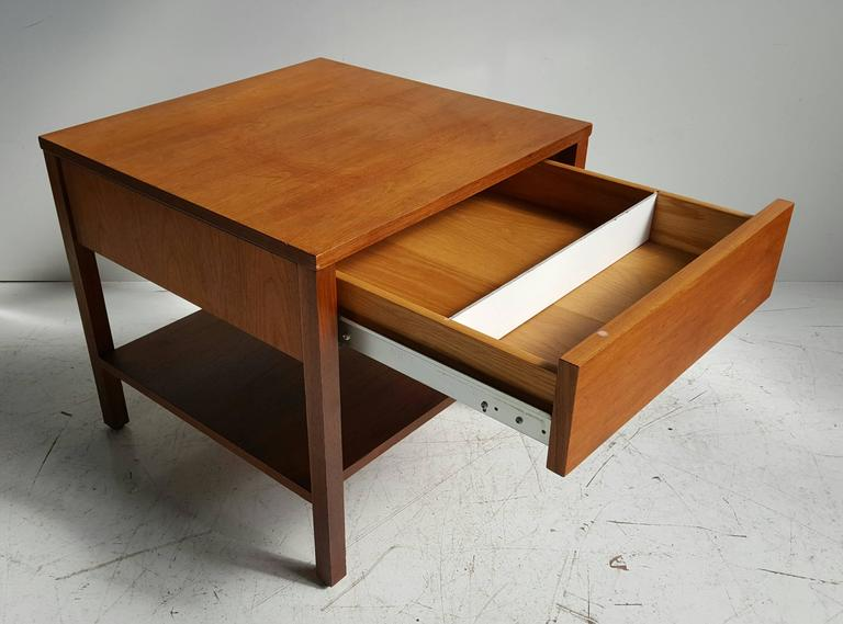 Early Florence Knoll one-drawer table/stand, bedside table, solid birch wood construction,, Minimalist, simple design, generous top drawer storage with cross divider, shelf, Classic Mid-Century Modern. Retains original early Knoll label.