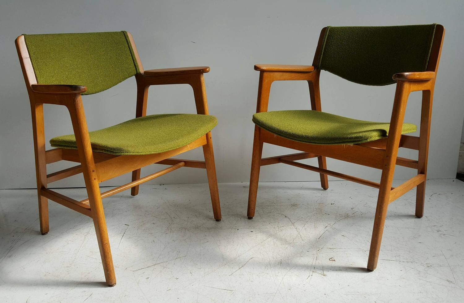 Green Suede Leather Swiveling Office Chair on Casters by Harter 1970s