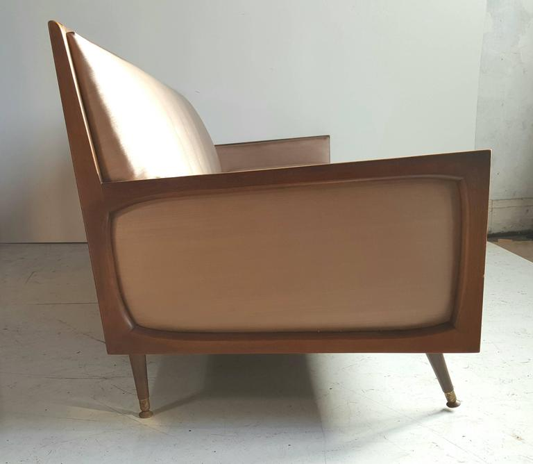 Classic Mid-Century Modern Sofa After Paul McCobb In Good Condition For Sale In Buffalo, NY