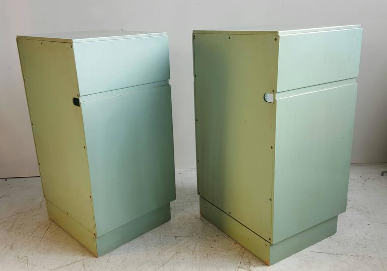20th Century Classic Mid-Century Modern Night Stands/Tables by Kittinger For Sale
