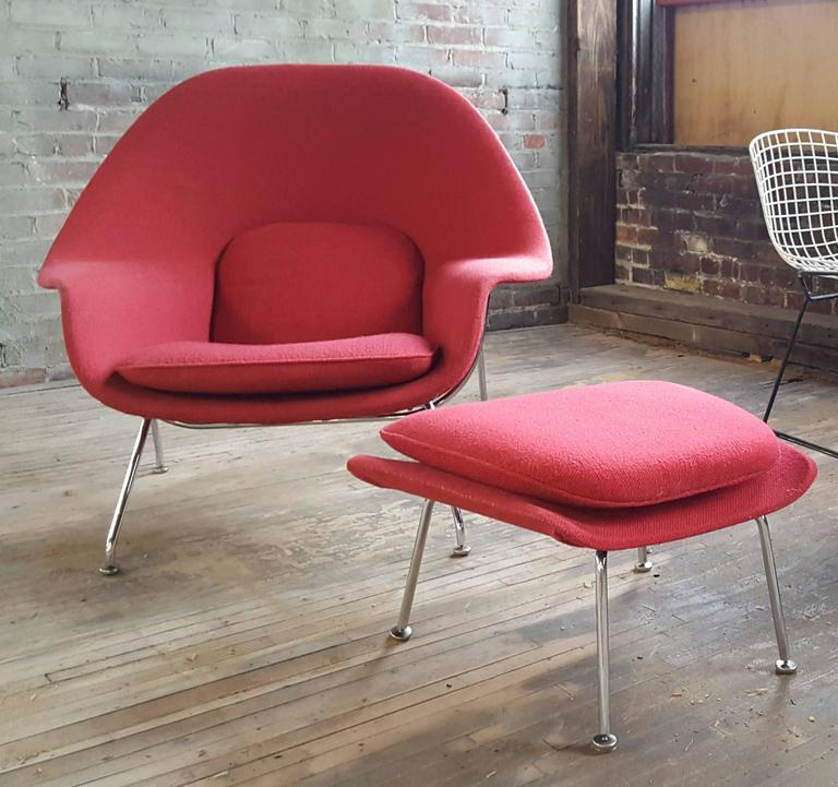 Late 20th Century Eero Saarinen Womb Chair And Ottoman For Knoll For Sale