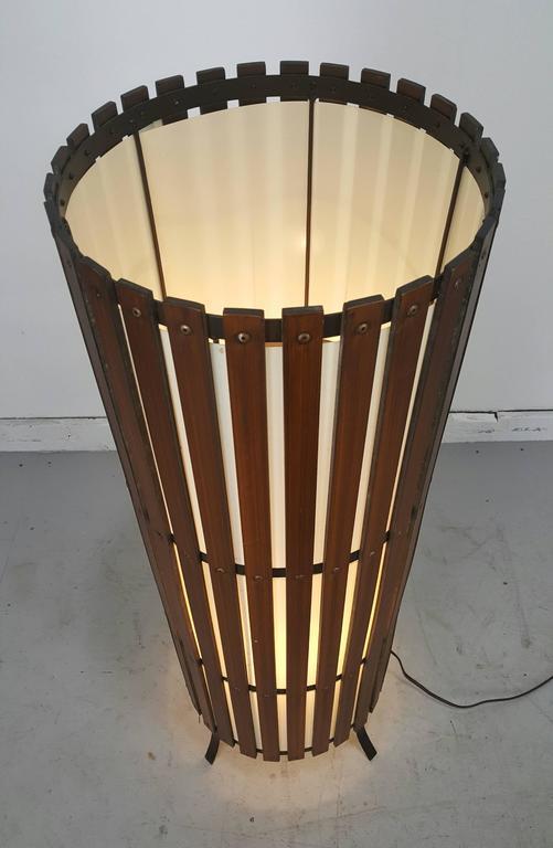 California Modernist Walnut Slat Wood Cylinder Floor Lamp 6