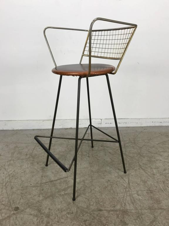 20th Century Classic Mid-Century Modern Brass and Wire Iron Stool For Sale