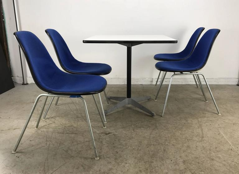 Classic Mid-Century Modern Charles and Ray Eames Dinette Set 3