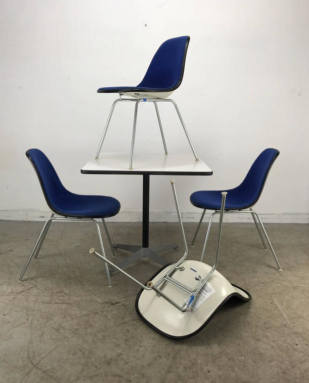 Classic Mid-Century Modern Charles and Ray Eames Dinette Set 4