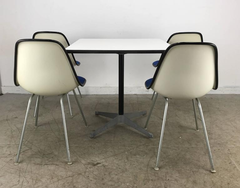 Classic Mid-Century Modern Charles and Ray Eames Dinette Set 5