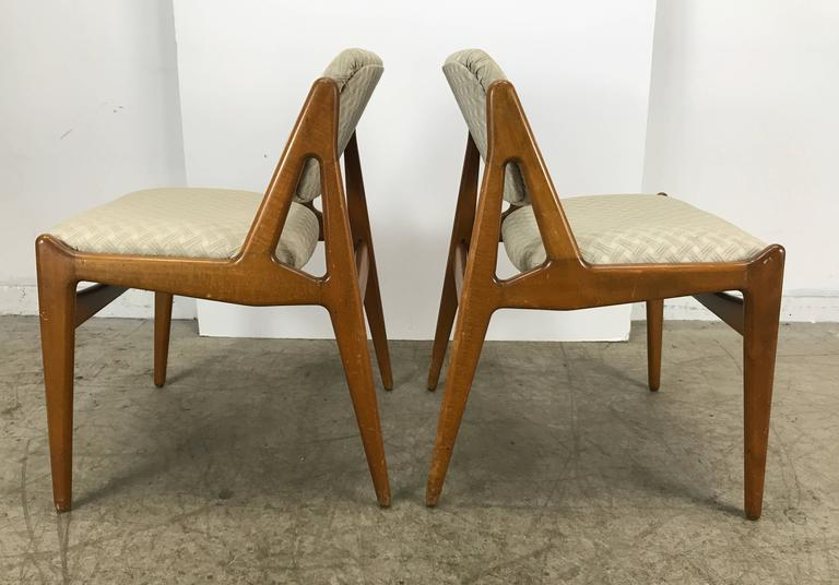 Fabric Set of Four Solid Sculptural Teak Dining Chairs by Arne Vodder, Denmark For Sale