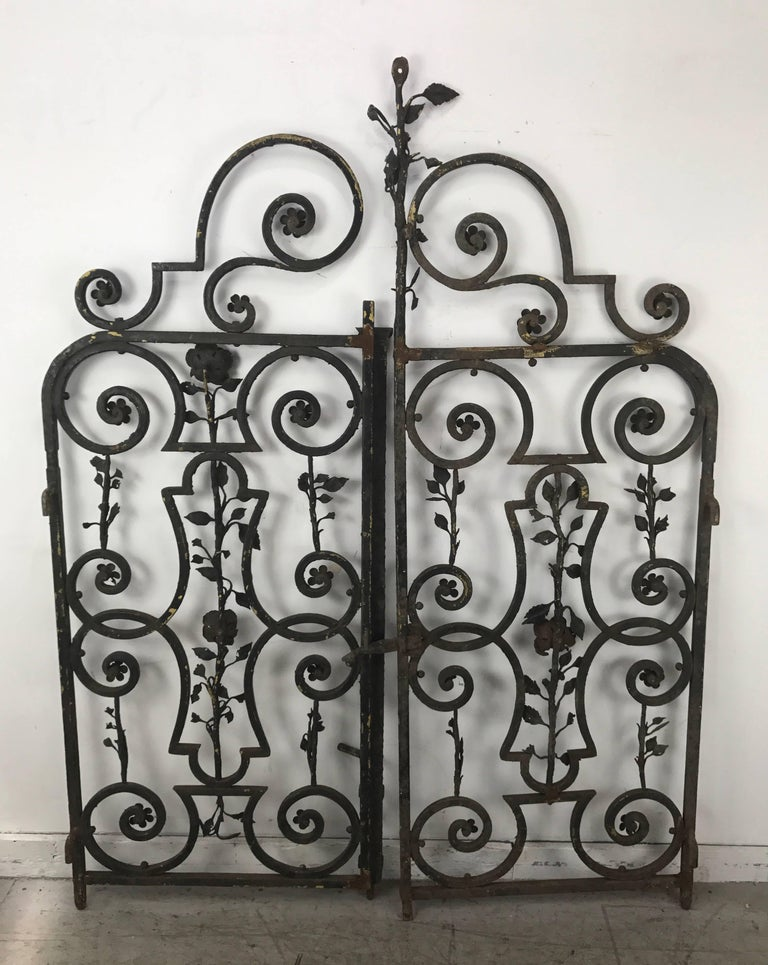 Late 19th Century Arts & Crafts Decorative Wrought Iron Gates For Sale