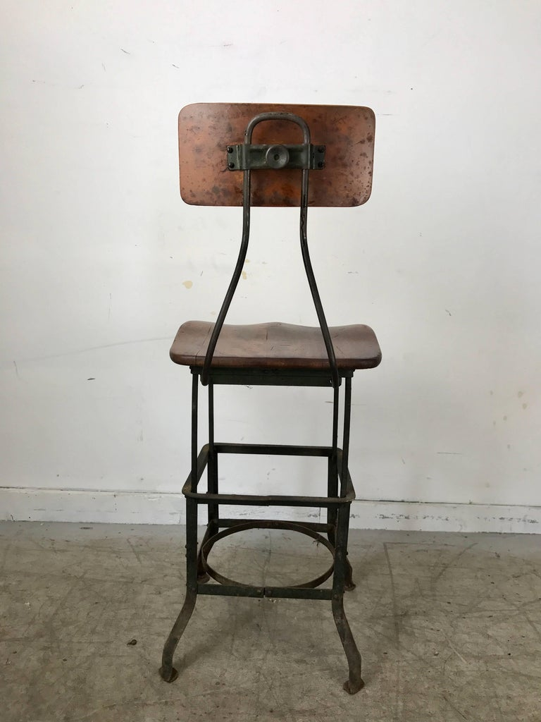 Early 20th Century Early Adjustable Industrial Machinist Stool, Manufactured by Toledo For Sale