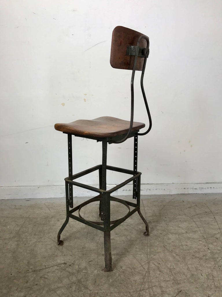 Metal Early Adjustable Industrial Machinist Stool, Manufactured by Toledo For Sale