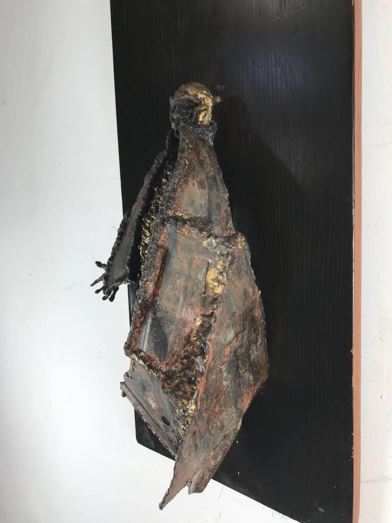 Unusual Brutalist Bronze Figure Mounted Sculpture In Distressed Condition For Sale In Buffalo, NY