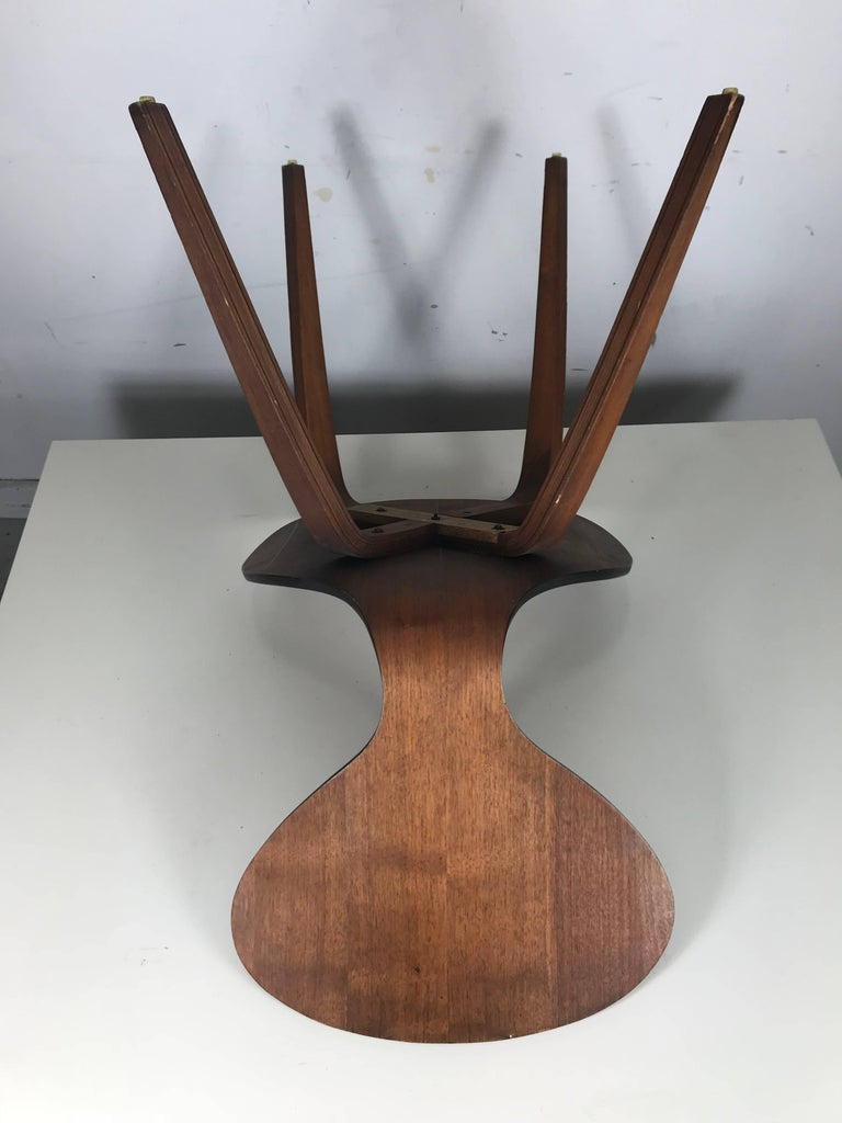 Classic Mid-Century Modern Plywood Chair by Norman Cherner for Plycraft For Sale 1