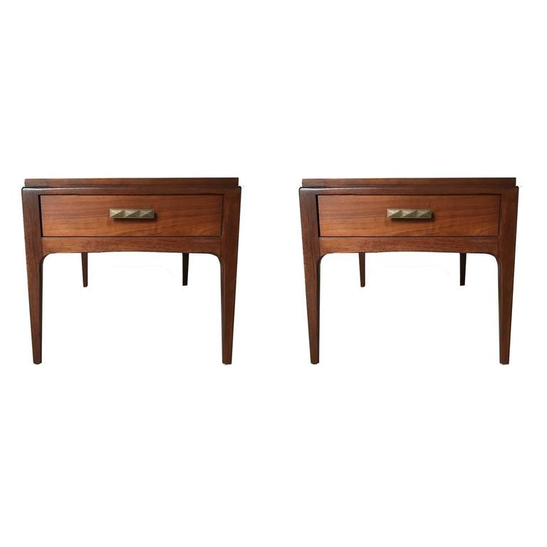 Pair of single drawer mid century modern walnut for Modern bedside tables nightstands