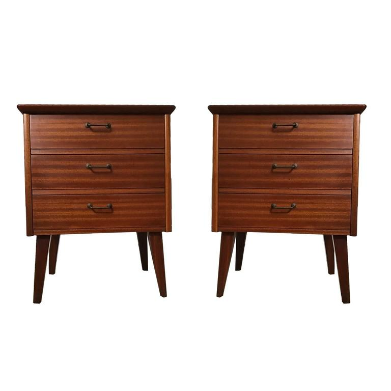 bedroom set furniture pair of three drawer cuban mahogany 10628