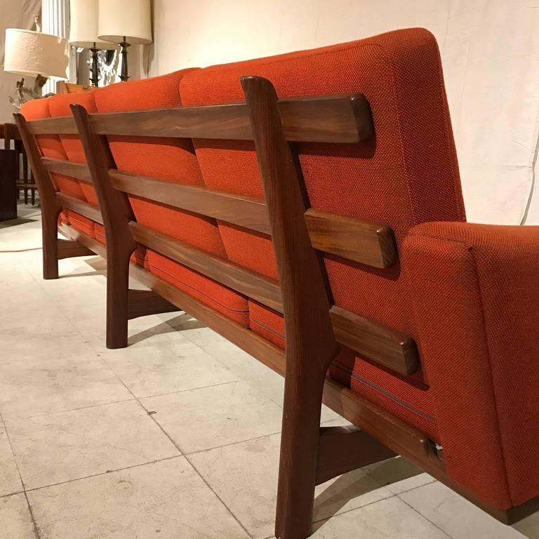 Hans Wegner Ge236/4 Sofa by GETAMA in Teak 8