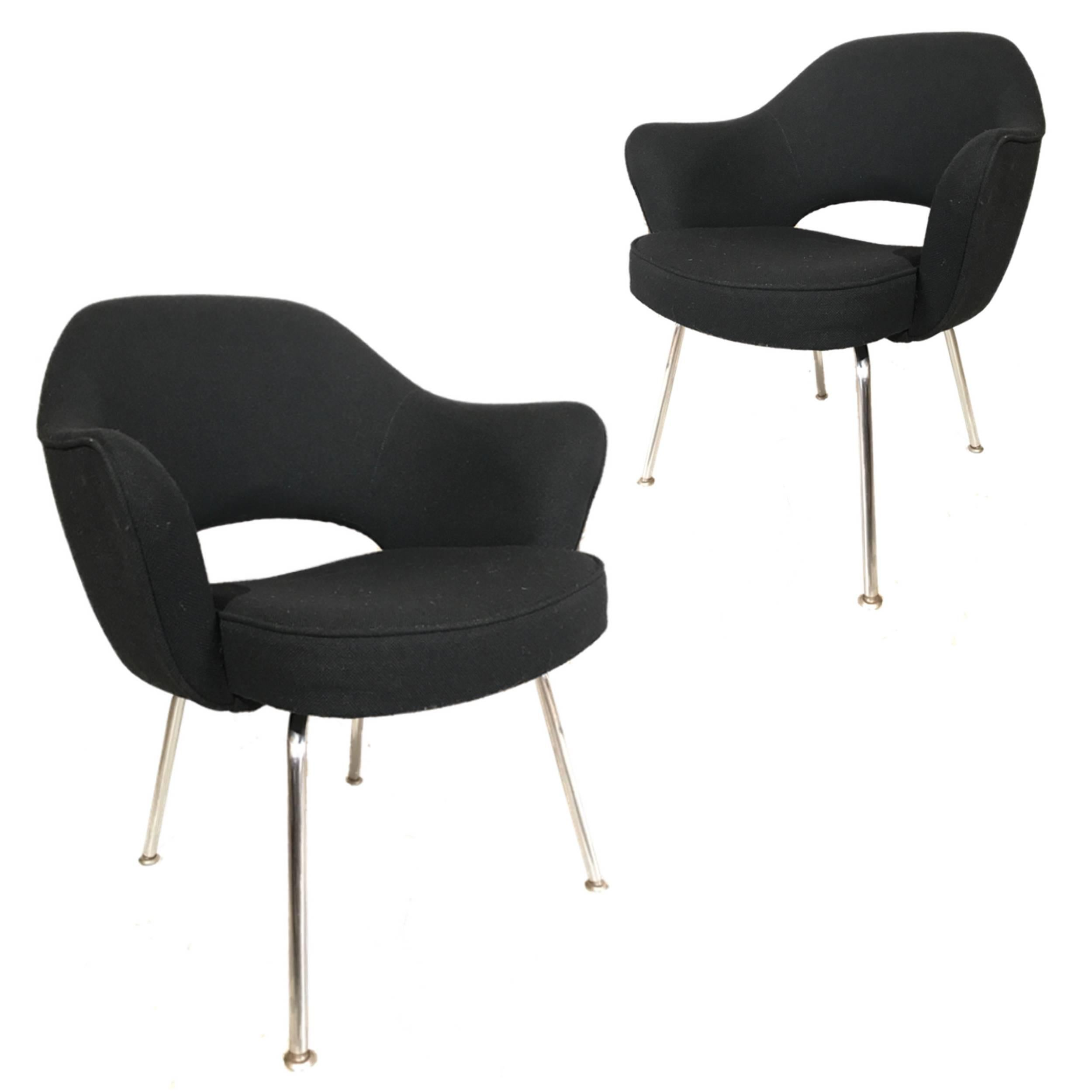 Mid Century Modern Knoll Eero Saarinen Executive Armchairs In Knoll Black  Upholstery For Sale