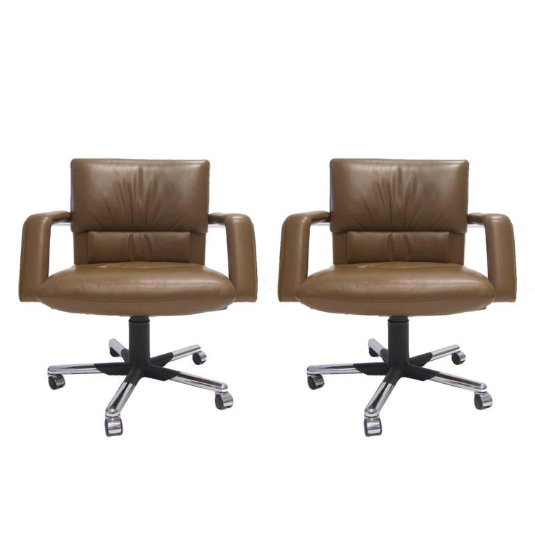 Mario Bellini for Vitra Leather Swivel and Tilt Executive Desk or – Mario Bellini Chair